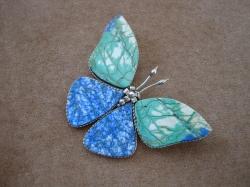 04945 Брошь «Каменная бабочка»
