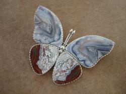 04961 Брошь «Каменная бабочка»